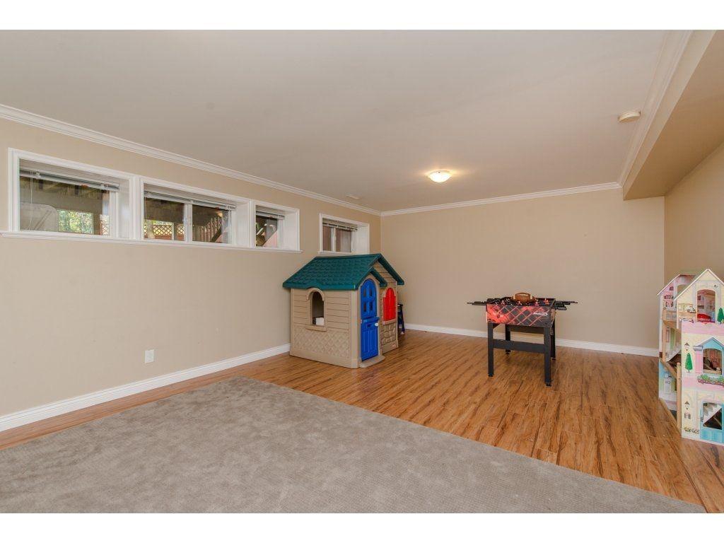 Photo 16: Photos: 5302 TESKEY Road in Sardis: Promontory 1/2 Duplex for sale : MLS®# R2300114