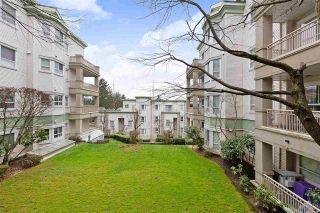 """Photo 18: 204 15268 105 Avenue in Surrey: Guildford Condo for sale in """"Georgian Gardens"""" (North Surrey)  : MLS®# R2432723"""