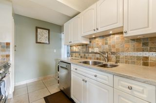 """Photo 10: PH1 620 SEVENTH Avenue in New Westminster: Uptown NW Condo for sale in """"Charter House"""" : MLS®# R2617664"""