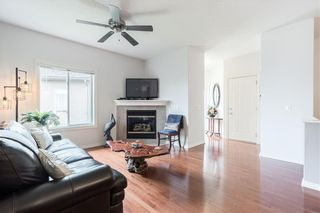 Photo 5: 189 ROYAL CREST View NW in Calgary: Royal Oak Semi Detached for sale : MLS®# C4297360