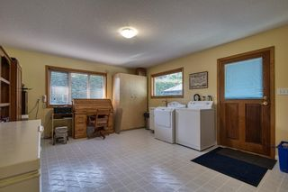 Photo 21: 1212 GOWER POINT Road in Gibsons: Gibsons & Area House for sale (Sunshine Coast)  : MLS®# R2605077