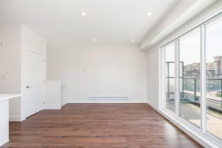 """Photo 2: 508 218 CARNARVON Street in New Westminster: Downtown NW Condo for sale in """"Irving Living"""" : MLS®# R2475825"""