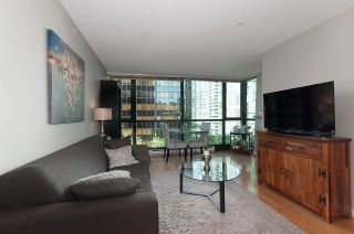 """Photo 2: 508 1367 ALBERNI Street in Vancouver: West End VW Condo for sale in """"THE LIONS"""" (Vancouver West)  : MLS®# R2072411"""