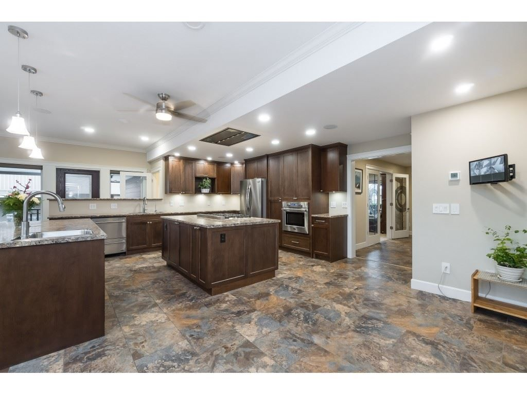 Photo 12: Photos: 11560 81A Avenue in Delta: Scottsdale House for sale (N. Delta)  : MLS®# R2520642