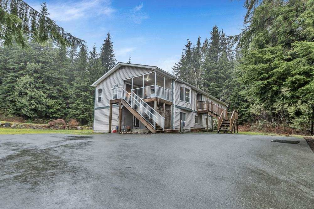 Main Photo: 12075 CARR Street in Mission: Stave Falls House for sale : MLS®# R2536142