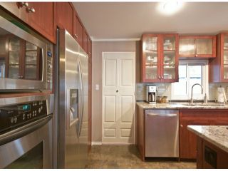 Photo 10: 31539 LOMBARD Avenue in Abbotsford: Poplar Manufactured Home for sale : MLS®# F1429021