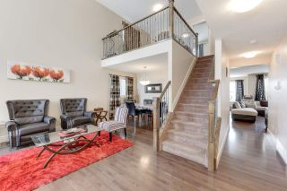 Photo 3: 2112 68 Street in Edmonton: Zone 53 House for sale : MLS®# E4232764