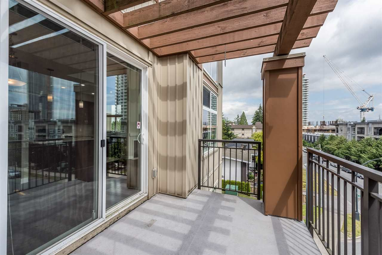"""Photo 12: Photos: 414 10237 133 Street in Surrey: Whalley Condo for sale in """"ETHICAL GARDENS"""" (North Surrey)  : MLS®# R2182809"""