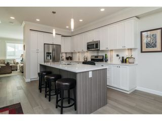 """Photo 7: 59 7059 210 Street in Langley: Willoughby Heights Townhouse for sale in """"ALDER"""" : MLS®# R2184886"""