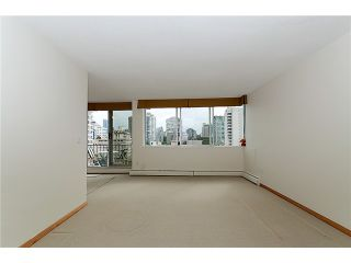 """Photo 2: # 901 2055 PENDRELL ST in Vancouver: West End VW Condo for sale in """"PANORAMA PLACE"""" (Vancouver West)  : MLS®# V911013"""