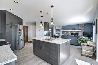Photo 10: 19 Signal Hill Mews SW in Calgary: Signal Hill Detached for sale : MLS®# A1072683