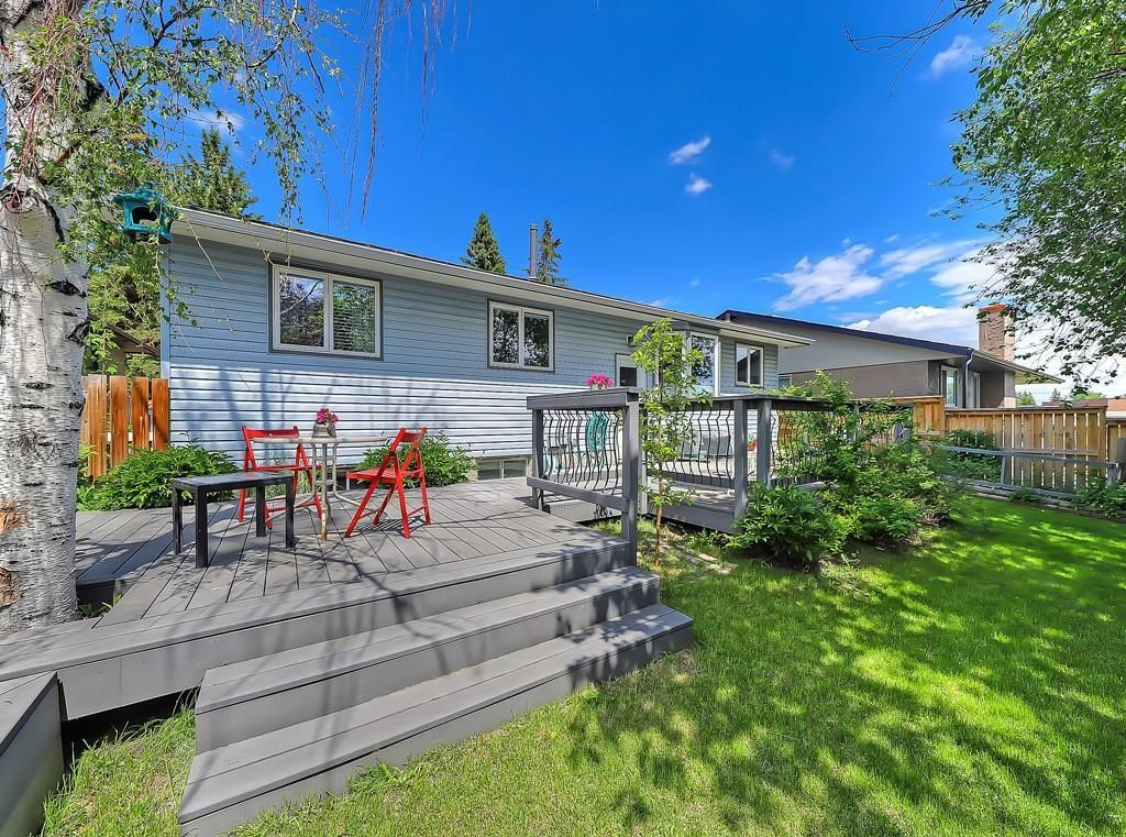 Photo 28: Photos: 7607 68 Avenue NW in Calgary: Silver Springs Detached for sale : MLS®# A1024824