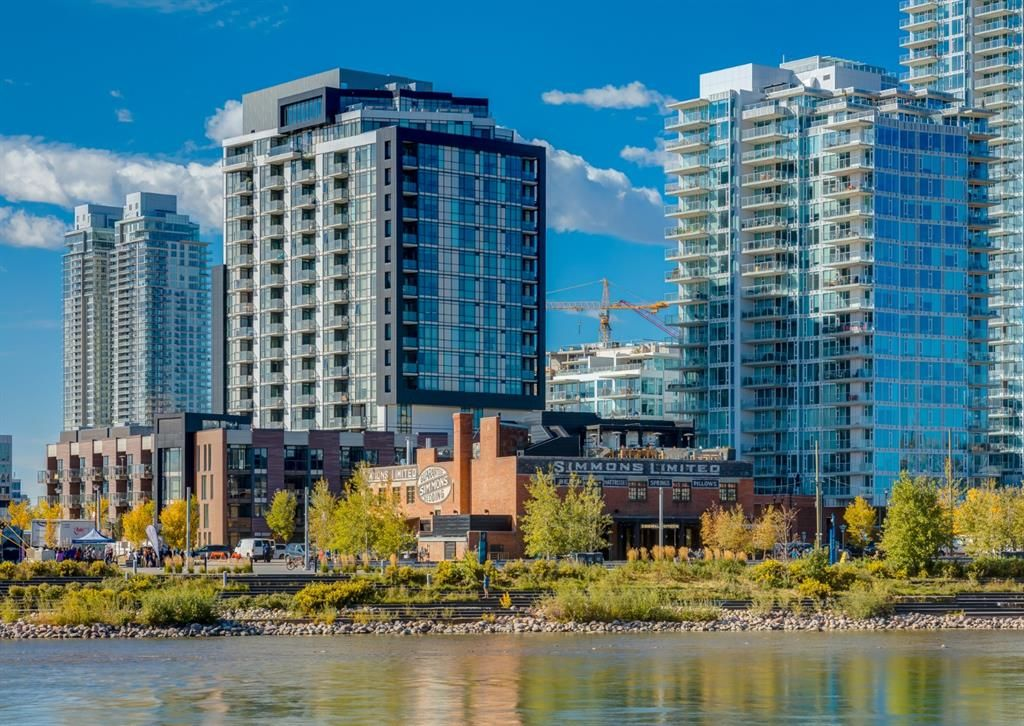 Main Photo: 409 550 Riverfront Avenue SE in Calgary: Downtown East Village Apartment for sale : MLS®# A1139717