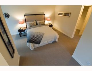 """Photo 6: 338 SMITHE Street in Vancouver: Downtown VW Townhouse for sale in """"YALETOWN PARK II"""" (Vancouver West)  : MLS®# V646253"""