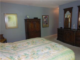 """Photo 15: 5472 BLUEBERRY Lane in North Vancouver: Grouse Woods House for sale in """"GROUSE WOODS"""" : MLS®# V1127820"""