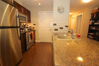 "Photo 6: 401 2468 ATKINS Avenue in Port Coquitlam: Central Pt Coquitlam Condo for sale in ""THE BORDEAUX"" : MLS®# R2000913"