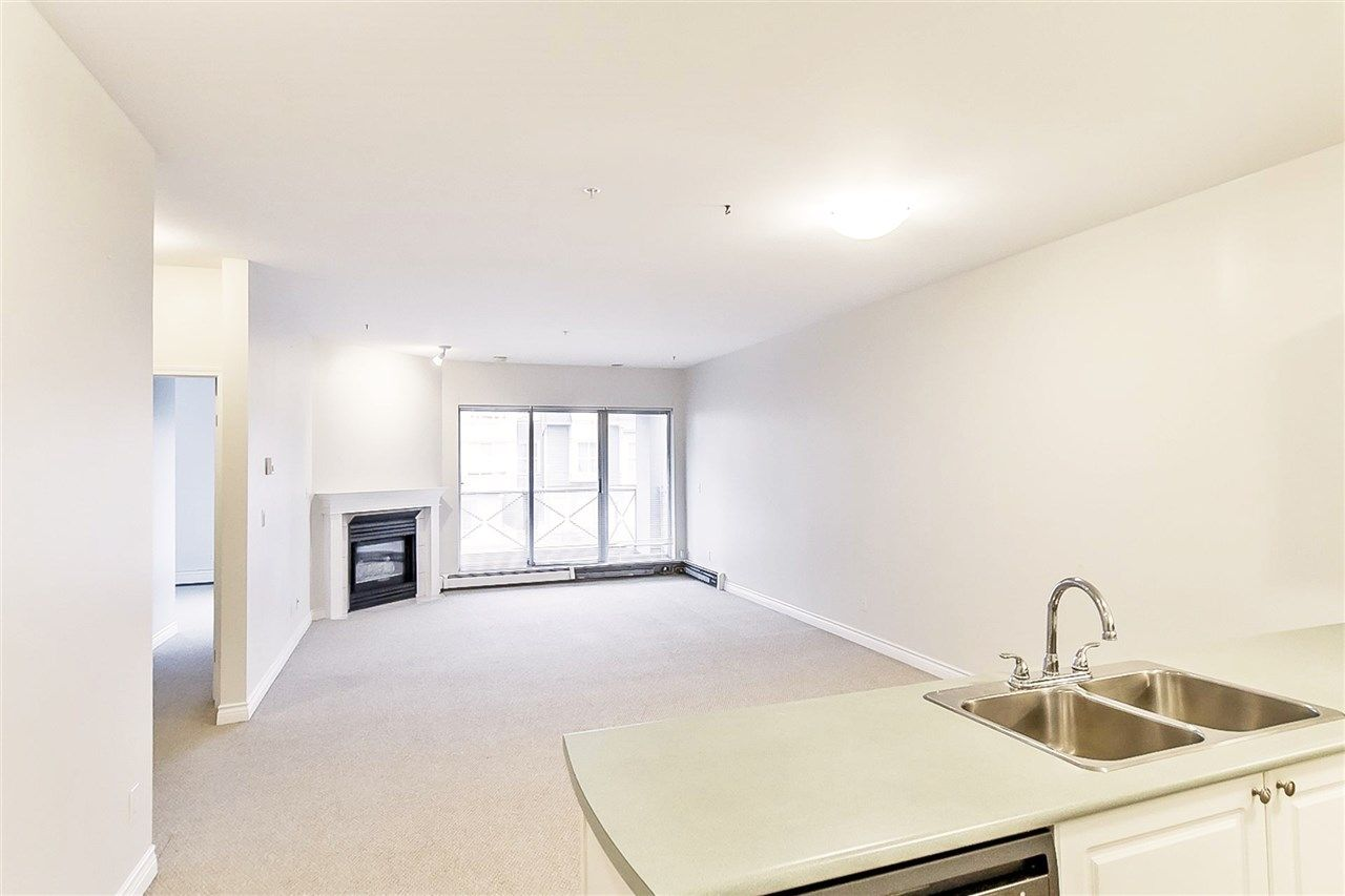"""Photo 2: Photos: 207 2109 ROWLAND Street in Port Coquitlam: Central Pt Coquitlam Condo for sale in """"PARKVIEW PLACE"""" : MLS®# R2150283"""