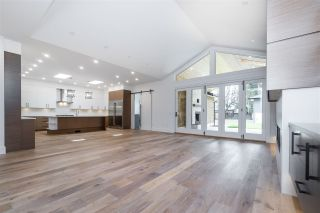 """Photo 8: 23366 FRANCIS Avenue in Langley: Fort Langley House for sale in """"Fort Langley"""" : MLS®# R2476346"""