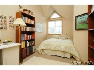 Photo 7: 404 663 Goldstream Ave in VICTORIA: La Fairway Condo for sale (Langford)  : MLS®# 499068