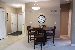 Photo 3: 110 16715 100 Avenue in Edmonton: Zone 22 Condo for sale : MLS®# E4256231