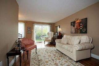 Photo 2: 31 Raleigh Crest in Markham: Markville House (2-Storey) for sale : MLS®# N2764733