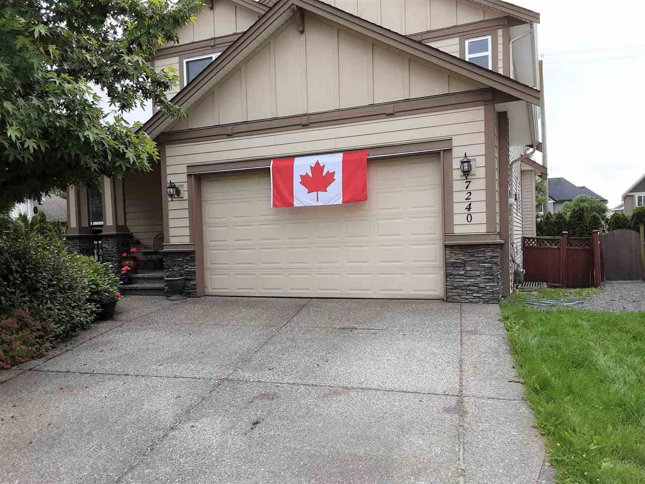 Main Photo: 7240 196B Street in Langley: Willoughby Heights House for sale : MLS®# R2468421