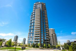 """Photo 1: 2301 2077 ROSSER Avenue in Burnaby: Brentwood Park Condo for sale in """"VANTAGE"""" (Burnaby North)  : MLS®# R2058471"""