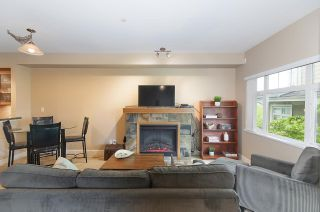 """Photo 4: 61 7388 MACPHERSON Avenue in Burnaby: Metrotown Townhouse for sale in """"ACACIA GARDENS"""" (Burnaby South)  : MLS®# R2166985"""