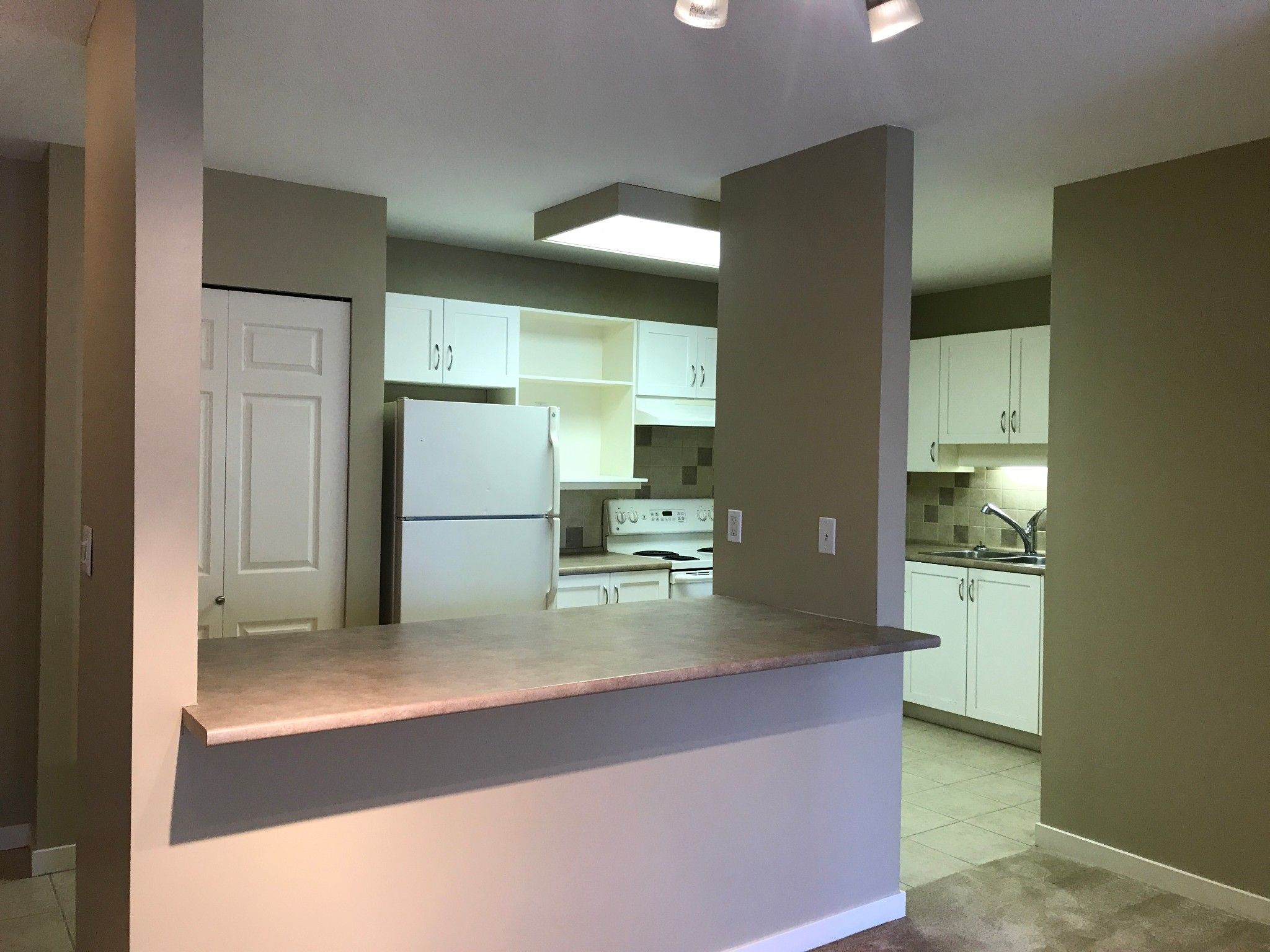 Photo 5: Photos: #329 2700 McCallum Rd. in Abbotsford: Central Abbotsford Condo for rent