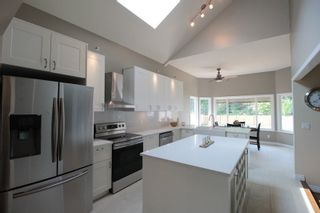 """Photo 6: 4471 222A Street in Langley: Murrayville House for sale in """"Murrayville"""" : MLS®# R2196700"""