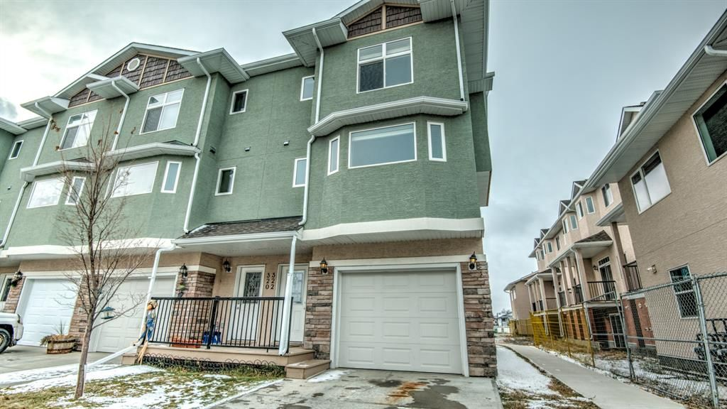 Main Photo: 322 STRATHCONA Circle: Strathmore Row/Townhouse for sale : MLS®# A1062411