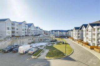 """Photo 18: 313 3148 ST JOHNS Street in Port Moody: Port Moody Centre Condo for sale in """"Sonrisa"""" : MLS®# R2344283"""