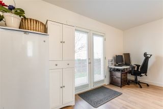 """Photo 13: 1 288 171 Street in Surrey: Pacific Douglas Townhouse for sale in """"The Crossing"""" (South Surrey White Rock)  : MLS®# R2551643"""