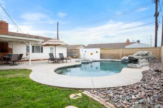 Photo 5: House for sale : 4 bedrooms : 1773 N Concerto Drive in Anaheim