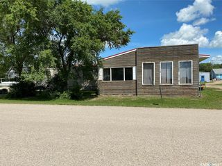 Photo 3: 900 Railway Avenue in Elbow: Commercial for sale : MLS®# SK818343