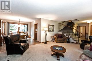 Photo 10: 3302 South Parkside Drive S in Lethbridge: House for sale : MLS®# A1140358