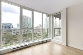 """Photo 10: 705 1155 SEYMOUR Street in Vancouver: Downtown VW Condo for sale in """"BRAVA NORTH"""" (Vancouver West)  : MLS®# R2453073"""