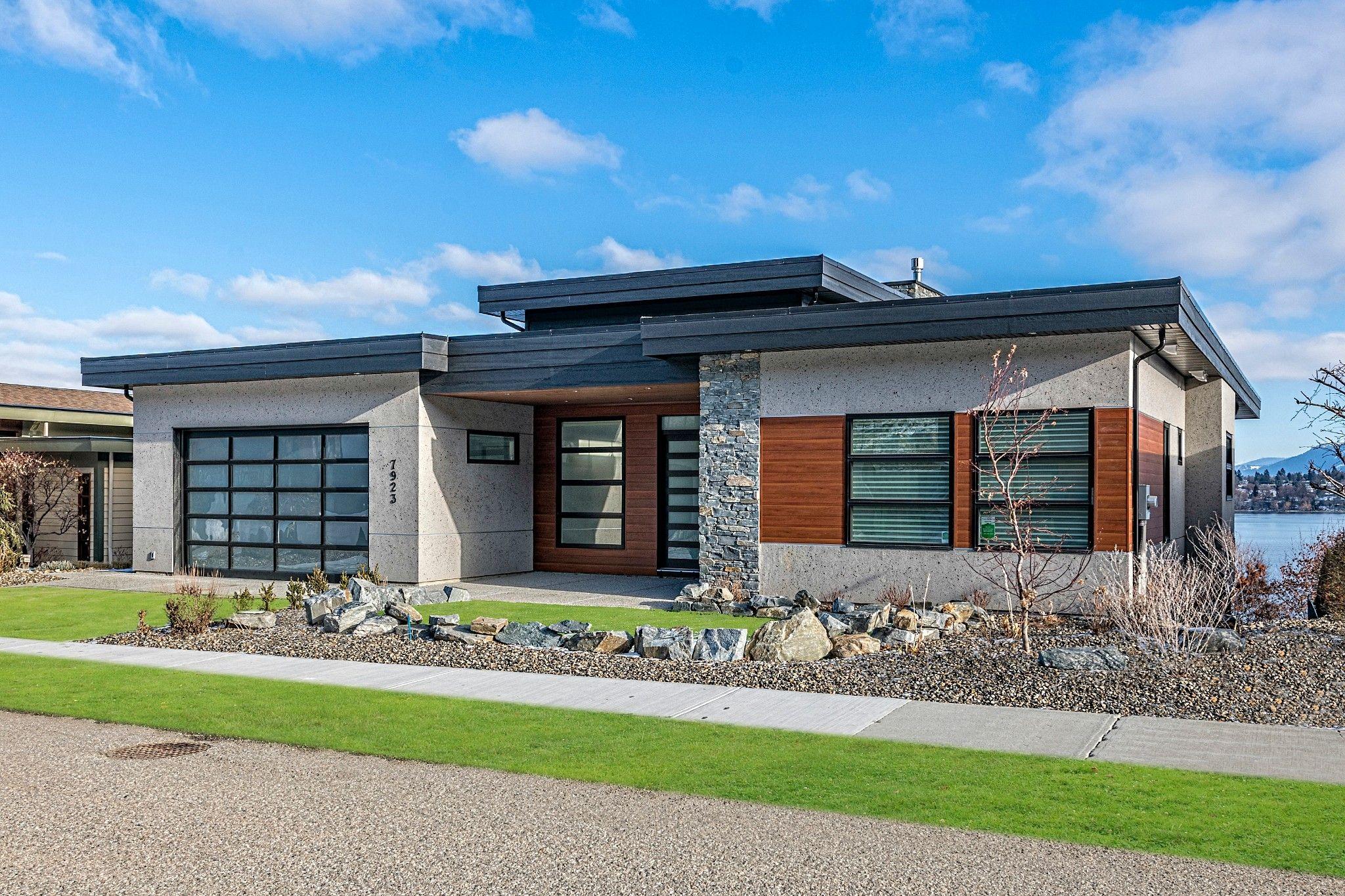 Main Photo: 7923 Graystone Drive in Coldstream: Mun of Coldstream House for sale (North Okanagan)  : MLS®# 10221887