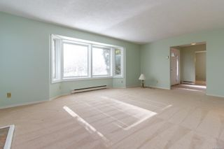 Photo 4: 2472 Costa Vista Pl in : CS Keating House for sale (Central Saanich)  : MLS®# 866822