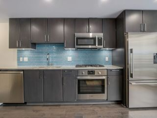 """Photo 5: 310 88 W 1ST Avenue in Vancouver: False Creek Condo for sale in """"THE ONE"""" (Vancouver West)  : MLS®# R2077463"""