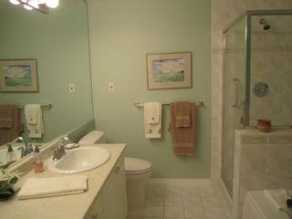 Photo 15: 201 1275 128 Street in Ocean Park Gardens: Home for sale : MLS®# F1407845