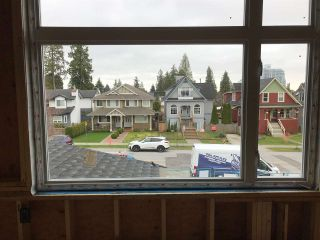 Photo 9: 246 E 19TH Street in North Vancouver: Central Lonsdale 1/2 Duplex for sale : MLS®# R2535845
