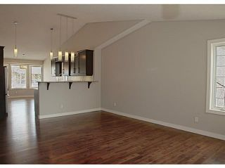 Photo 4: 130 RIVERSIDE Crescent NW: High River Residential Attached for sale : MLS®# C3612435