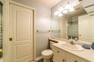 """Photo 15: 401 5765 GLOVER Road in Langley: Langley City Condo for sale in """"College Court"""" : MLS®# R2493254"""