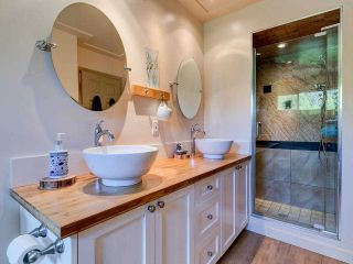 """Photo 14: 4787 DRIFTWOOD Place in Burnaby: Greentree Village Townhouse for sale in """"GreenTree Village"""" (Burnaby South)  : MLS®# R2576696"""