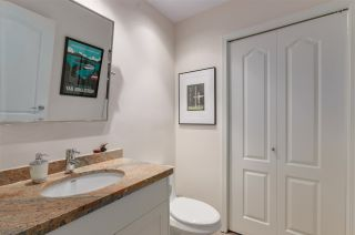 """Photo 14: 103 2202 MARINE Drive in West Vancouver: Dundarave Condo for sale in """"Stratford Court"""" : MLS®# R2465972"""