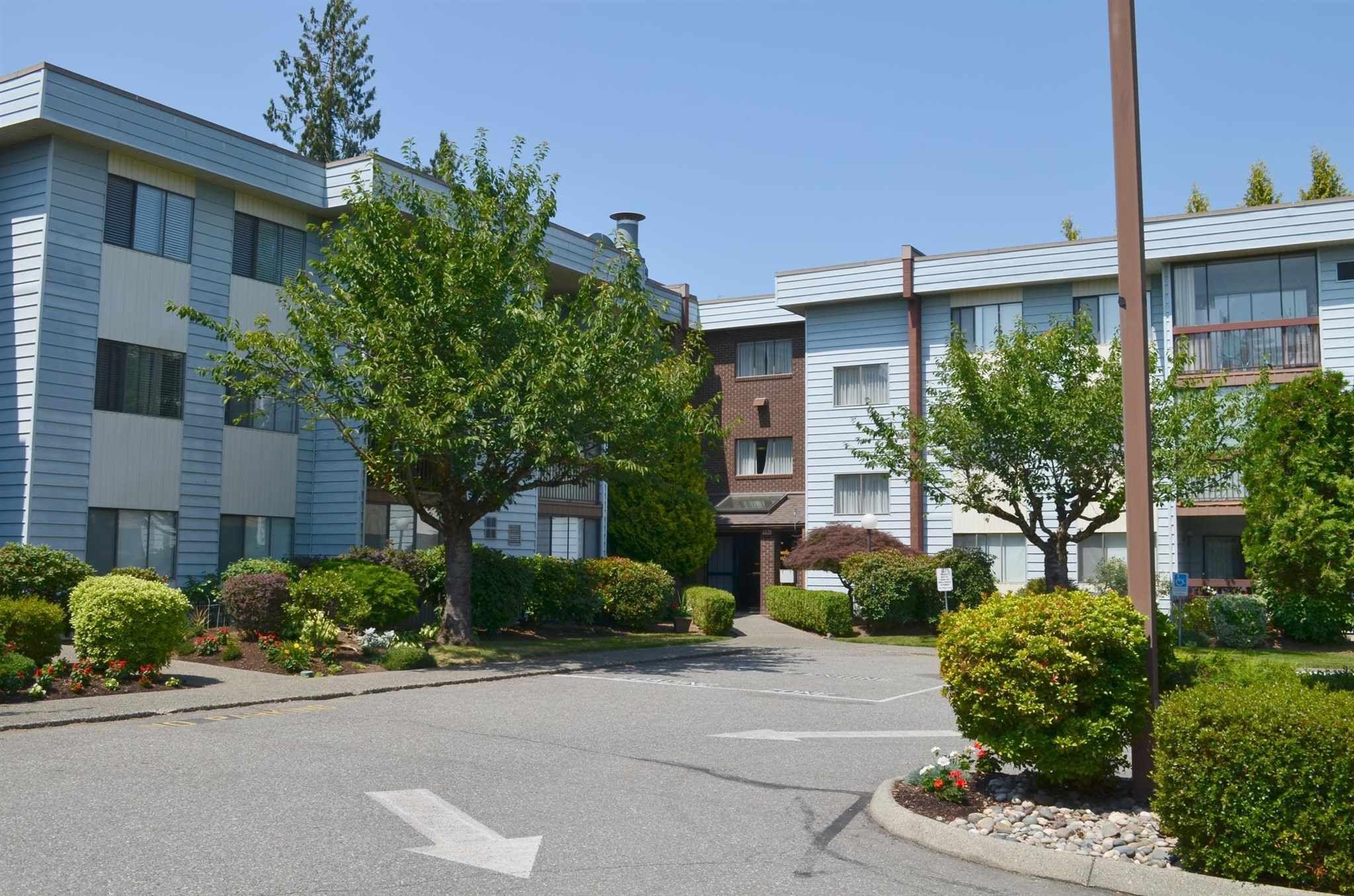 "Main Photo: 107 2279 MCCALLUM Road in Abbotsford: Central Abbotsford Condo for sale in ""Alemeda Court"" : MLS®# R2598839"