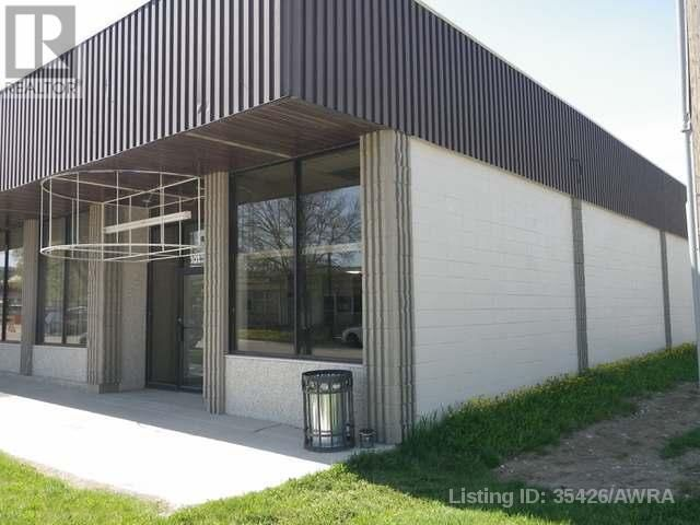 Main Photo: 101 GOVERNMENT ROAD in Hinton: Other for lease : MLS®# AWI35426