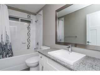 Photo 15: 15776 MOUNTAIN VIEW Drive in Surrey: Grandview Surrey House for sale (South Surrey White Rock)  : MLS®# R2145036