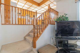 Photo 10: 7607 158 Avenue in Edmonton: Zone 28 House for sale : MLS®# E4242659